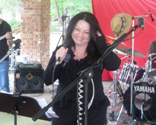 Francie singing Doug Orlando Band - The DOB